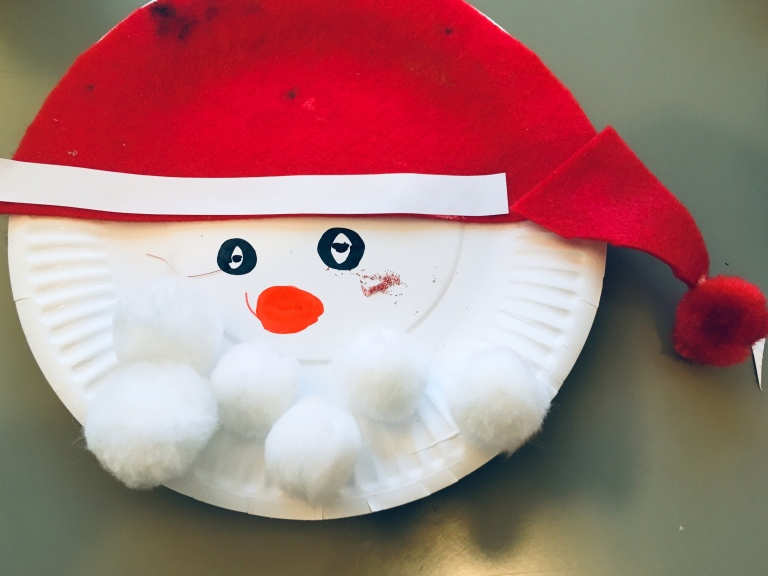 How to make an origami bookmark of santa-face: page 11 | 576x768