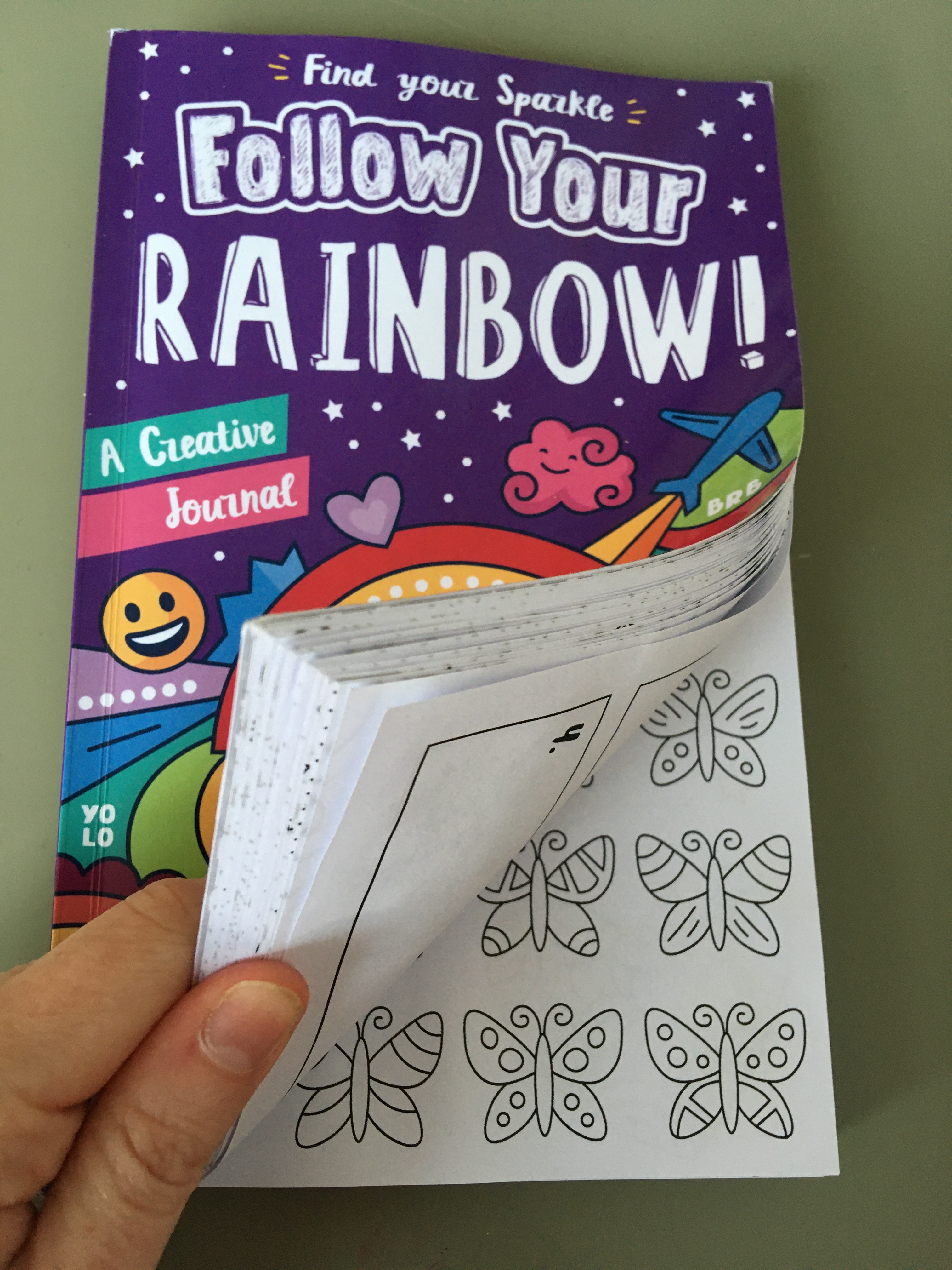 Review: Follow Your Rainbow: A Creative Journal